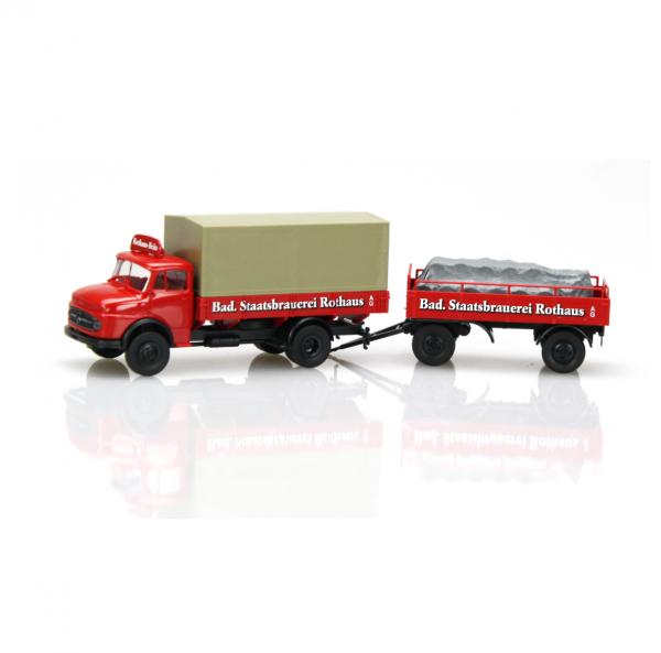 LKW Oldtimer mit Anhänger (Modell)